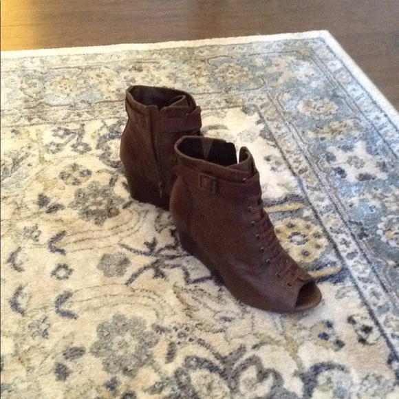 Vince Camuto Shoes - Vince Camuto peep toe booties